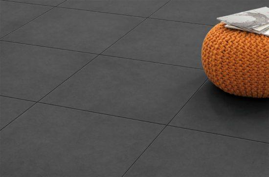 Dolmen Grafito – Carrelage extérieur reprenant la structure ruguese d'un béton naturel avec peu de nuances.