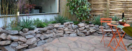 Violetto Schiste 8 à 20 cm - Une roche rustique idéale pour les gabions et murets.
