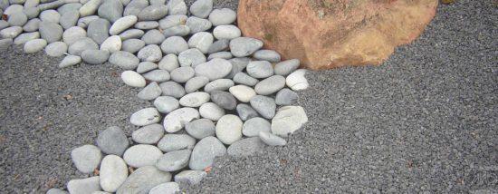 Beach Pebbles gris Granit - Galet de plage rond originaire des Philippines, de 3 à 15 cm