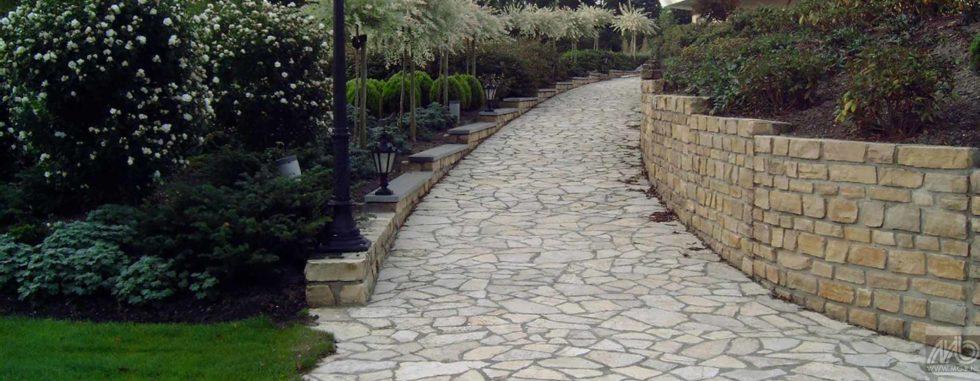 Pas Japonais Bourgogne – Pavés en pierre calcaire aux dimensions aléatoires