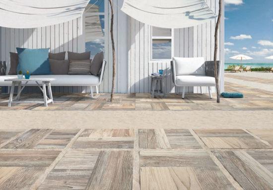 Parchi Yellowstone –Grés cérame imitation bois vieilli blanchi. Doux et lumineux, il est idéal pour une allée de jardin ou une plage de piscine 41x41 ou 60x60 cm