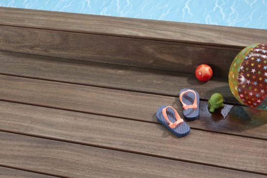 Padouk – Pour une terrasse stable et durable au brun élégant, idéal autour d'une piscine
